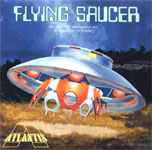 INVADERS FLYING SAUCER (Atlantis) - Model Kit